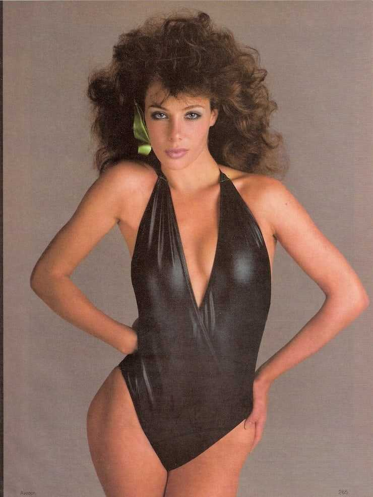 Kelly LeBrock hot bikini