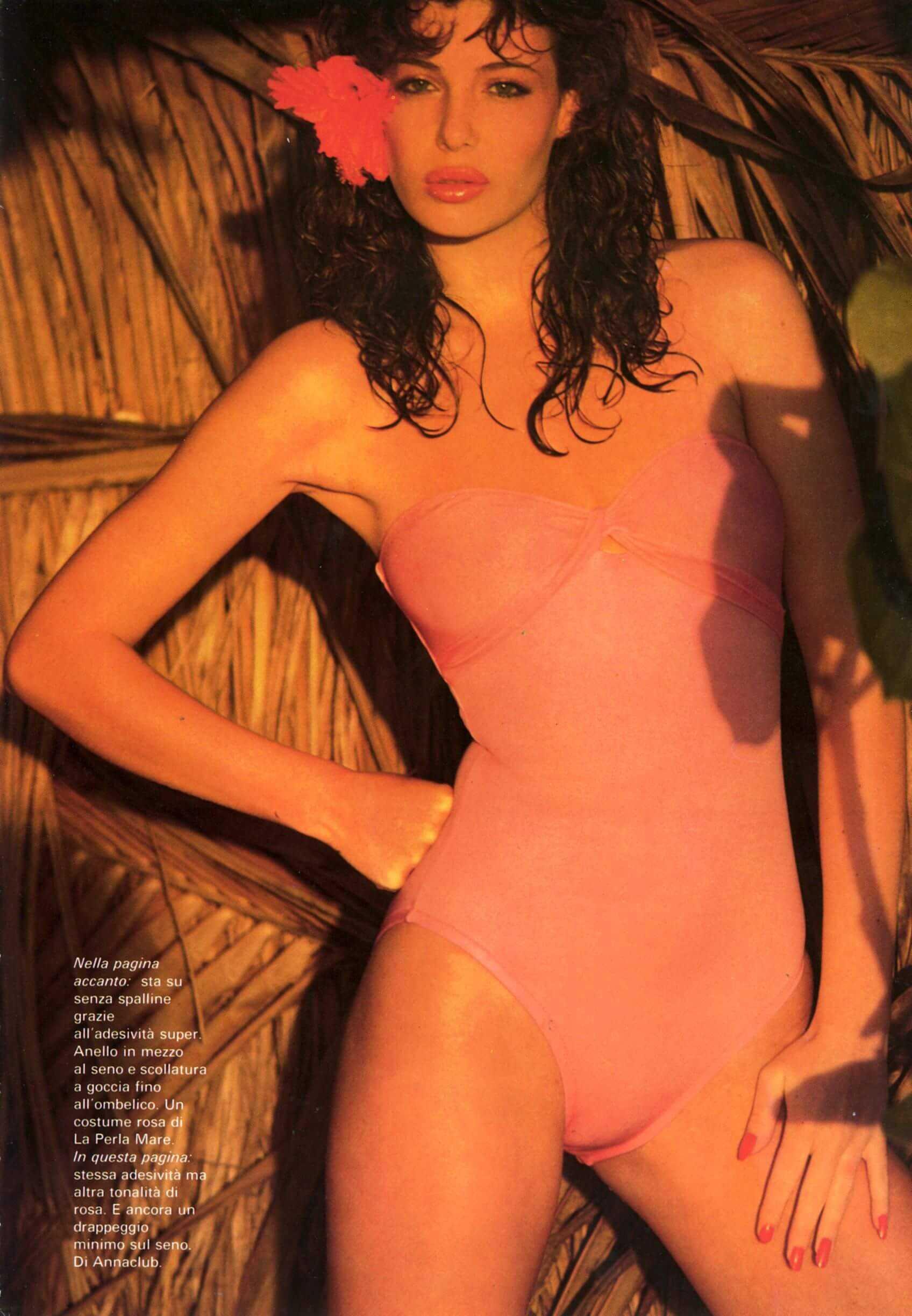 Kelly LeBrock sexy pics (1)