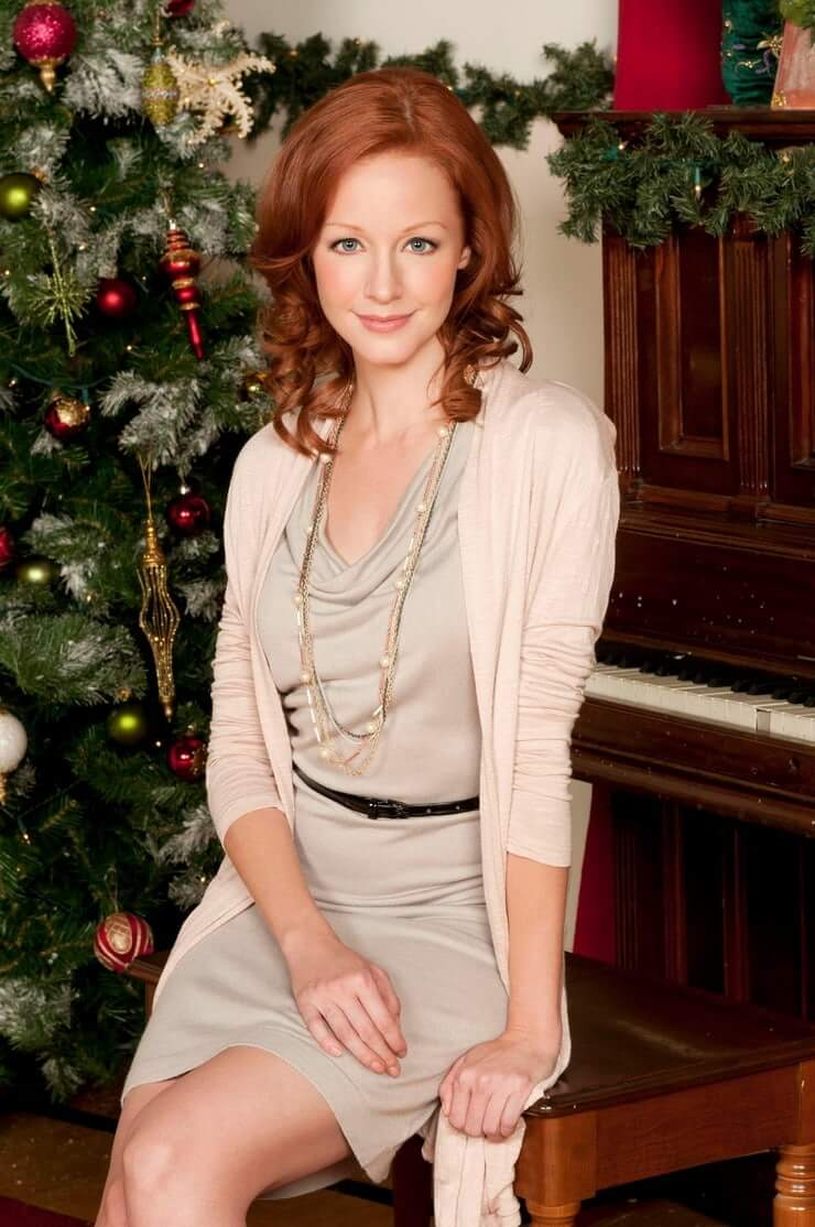 Lindy Booth awesome