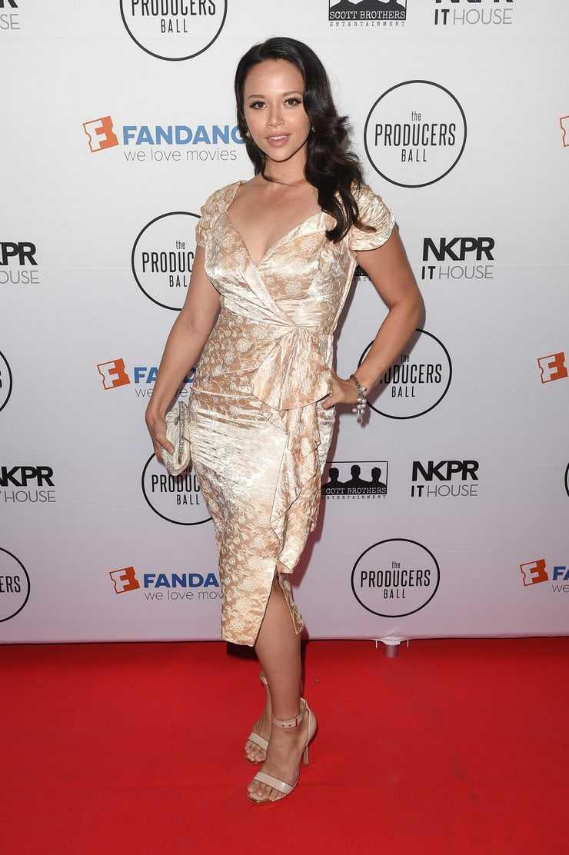 Melissa Crystal O'Neil beautiful (1)