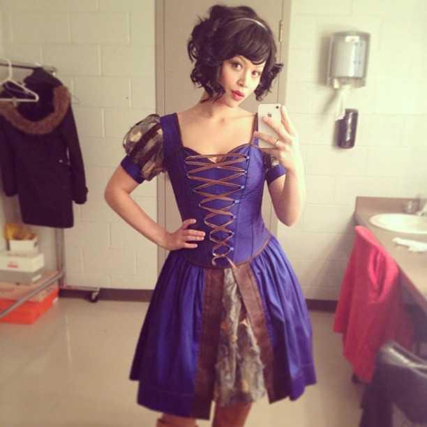 Melissa Crystal O'Neil hot pics (1)