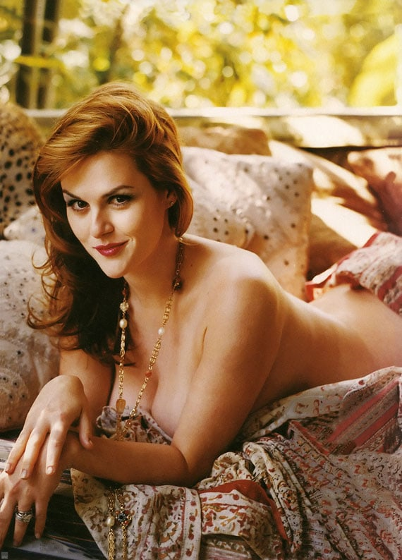 Sara Rue topless