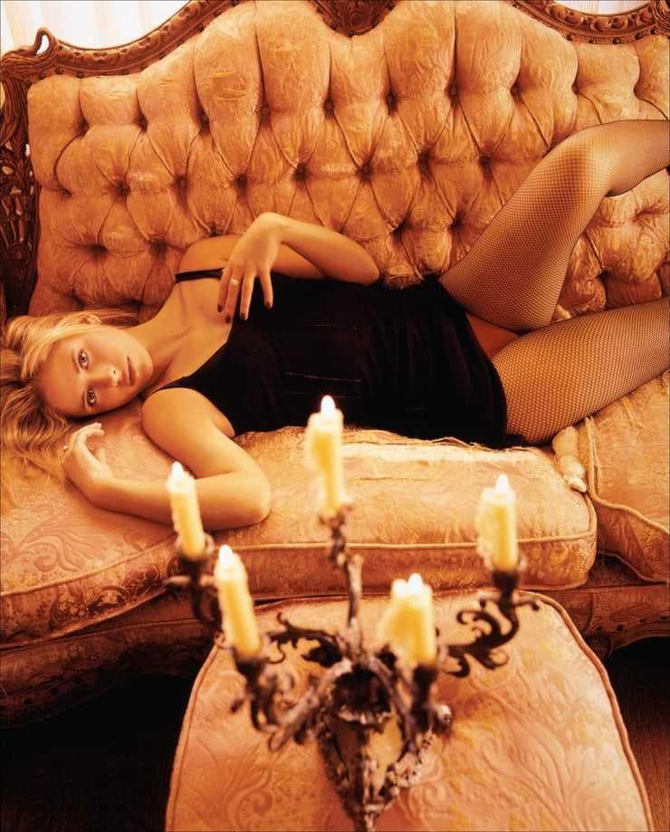 Sarah Michelle Gellar hot pics (1)