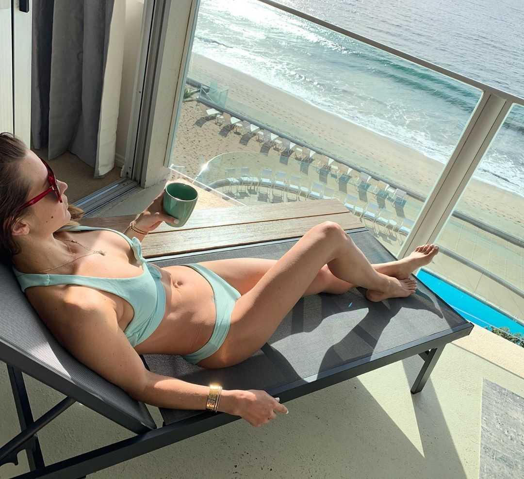 ashley harkleroad bikini pics
