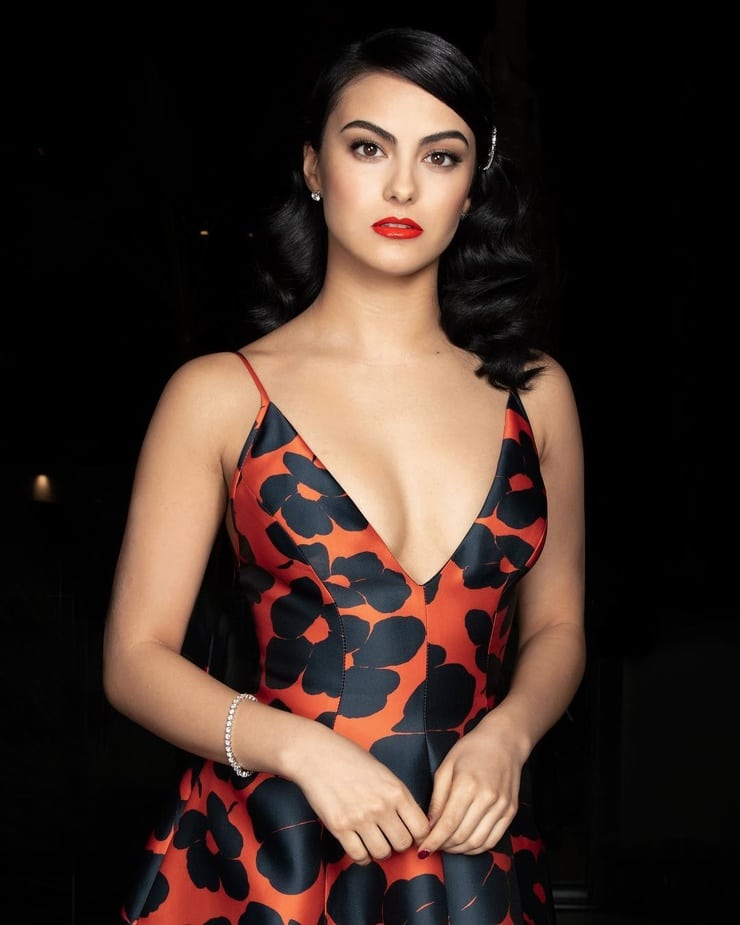 camila-mendes-hot-cleavage-2-