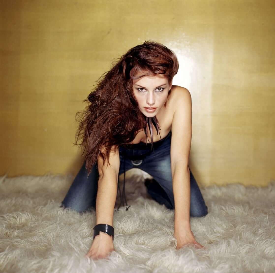chyler-leigh-sexy-pics