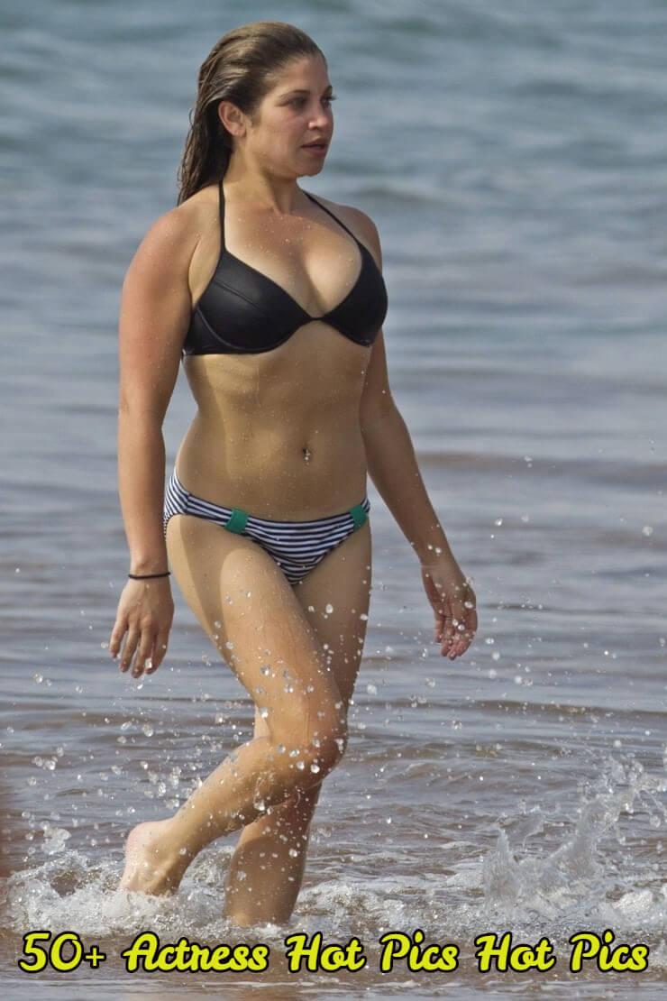 danielle-fishel-bikini-1