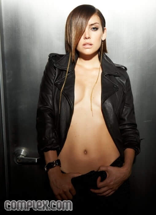 jessica-stroup awesome