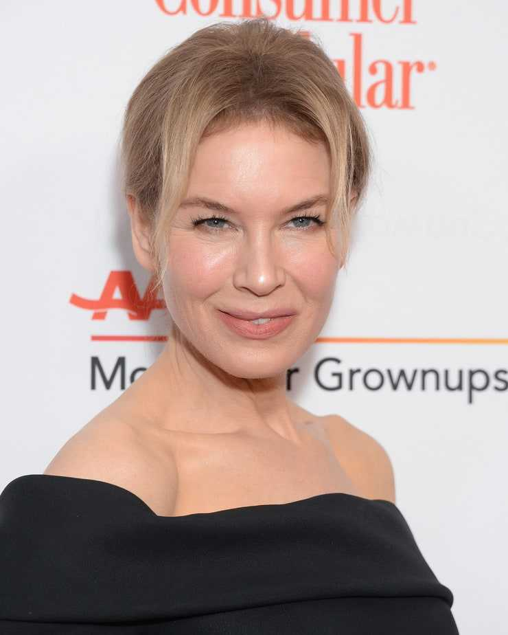 renee zellweger hot smile pics
