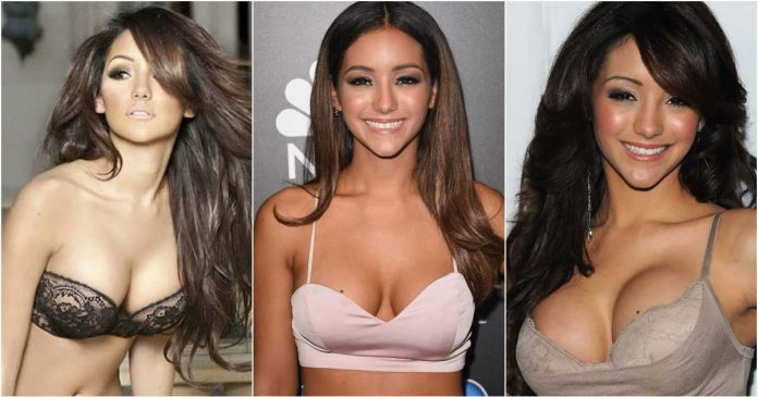 61 Sexiest Melanie Iglesias Boobs Pictures Are Just The Right Size To Look And Enjoy