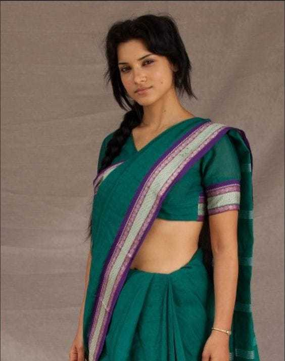 Amber Rose Revah awesome (2)