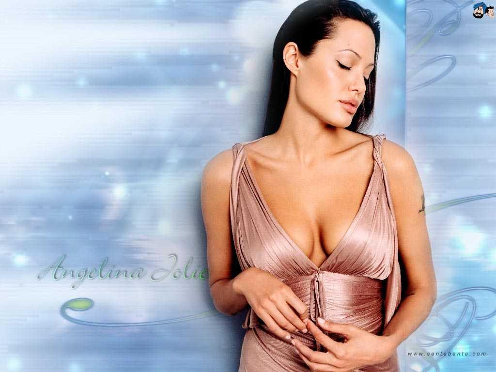 Angelina Jolie hot cleavage
