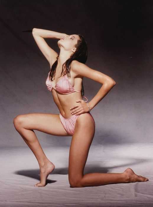Angelina Jolie hot feet