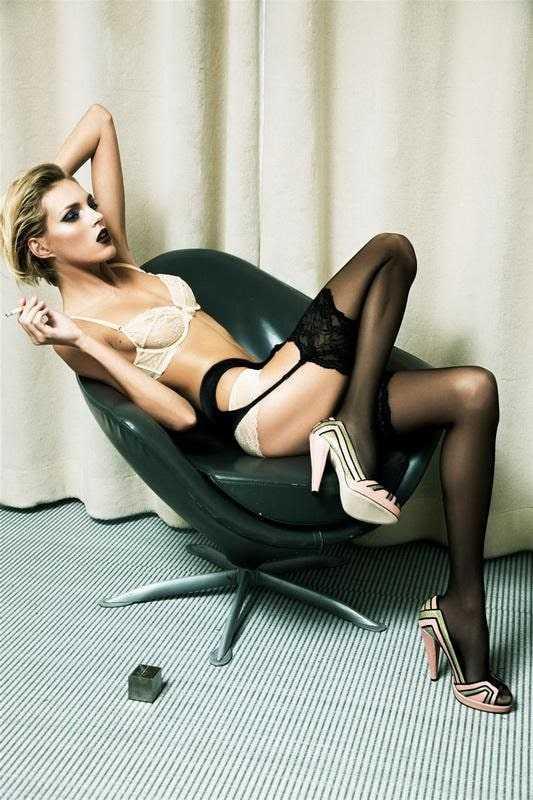Anja Rubik hot pictures