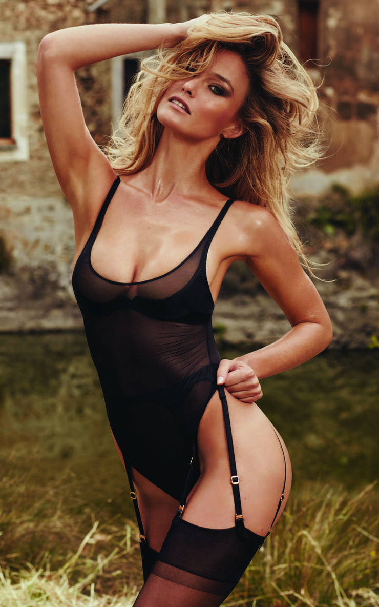 Bar-Refaeli-hot-lingerie-pictures