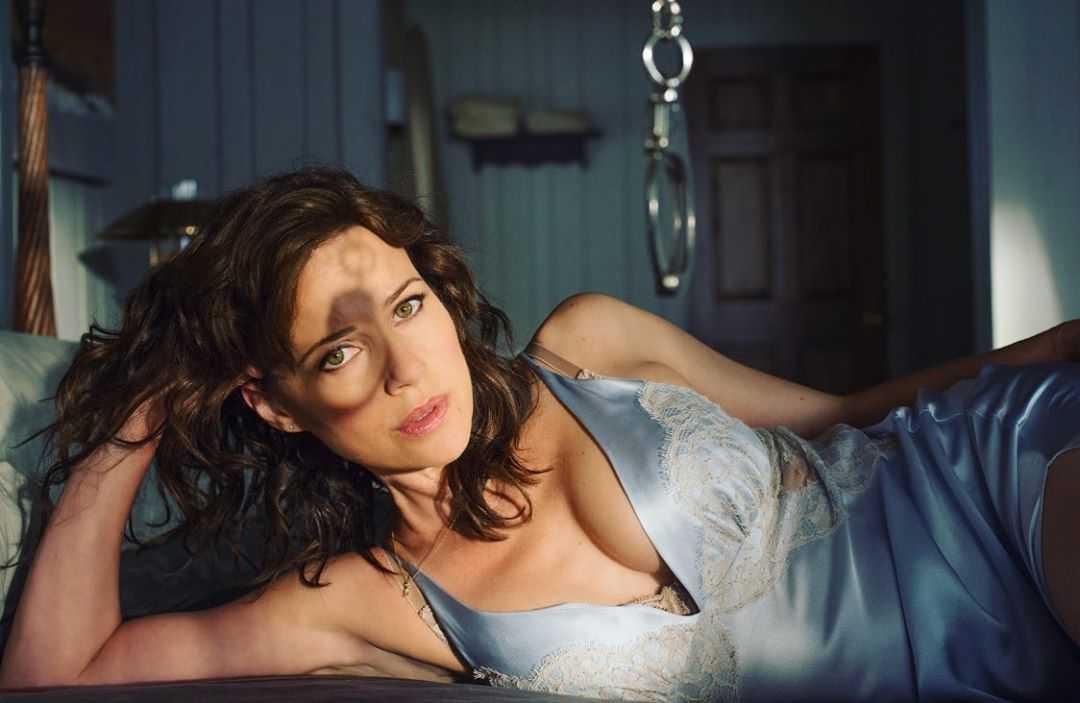 Carla Gugino beautiful pic