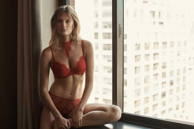 Constance Jablonski sexy red bikini