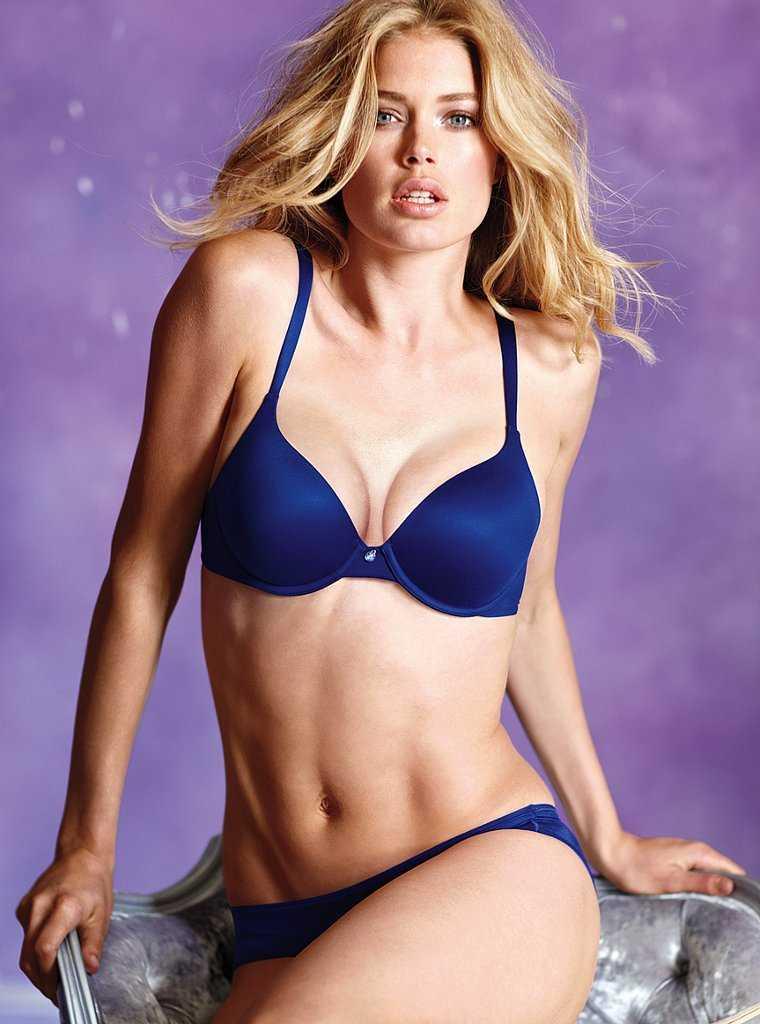 Doutzen Kroes hot bikini pic
