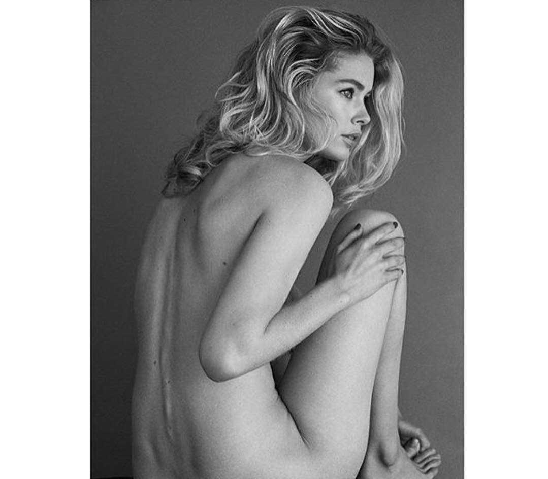 Doutzen Kroes topless pic