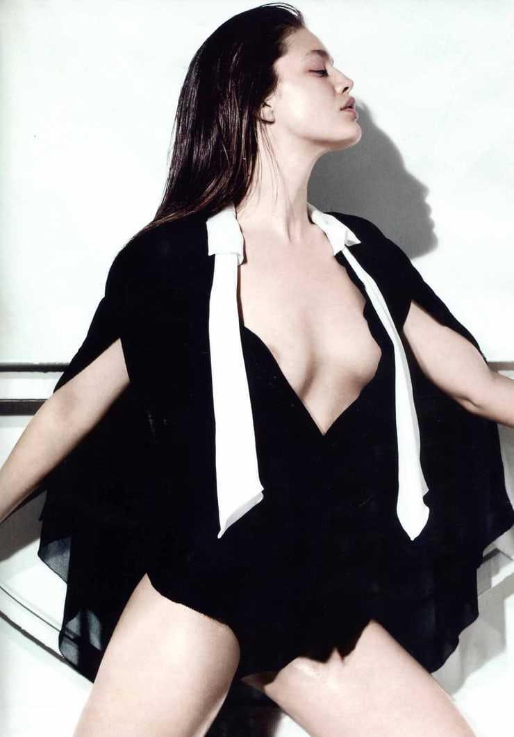Emily DiDonato cleavage photo