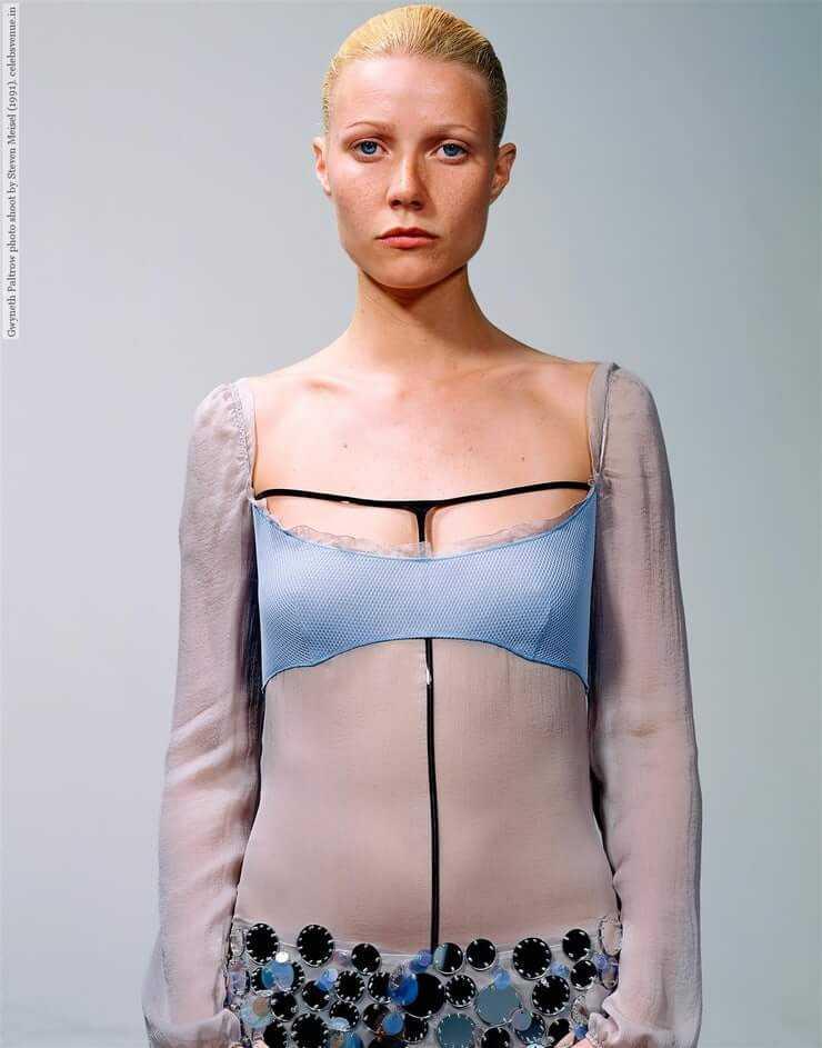 Gwyneth Paltrow tits pic