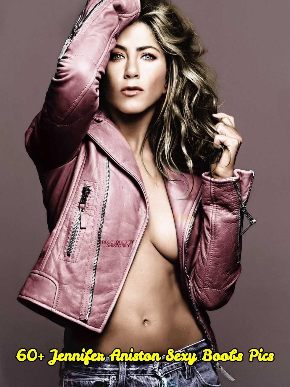 Jennifer Aniston sexy boobs pic