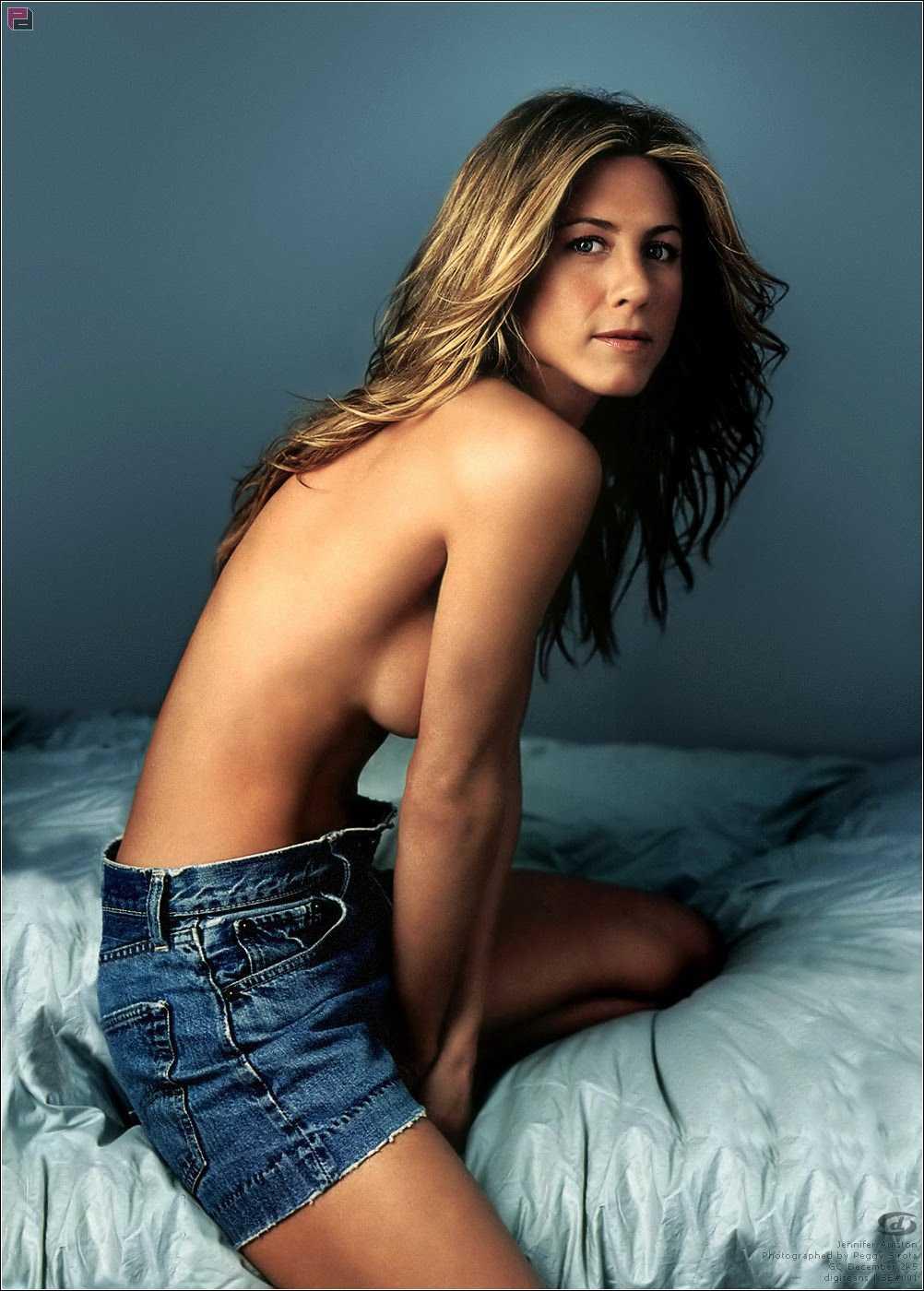 Jennifer Aniston sexy tits pic