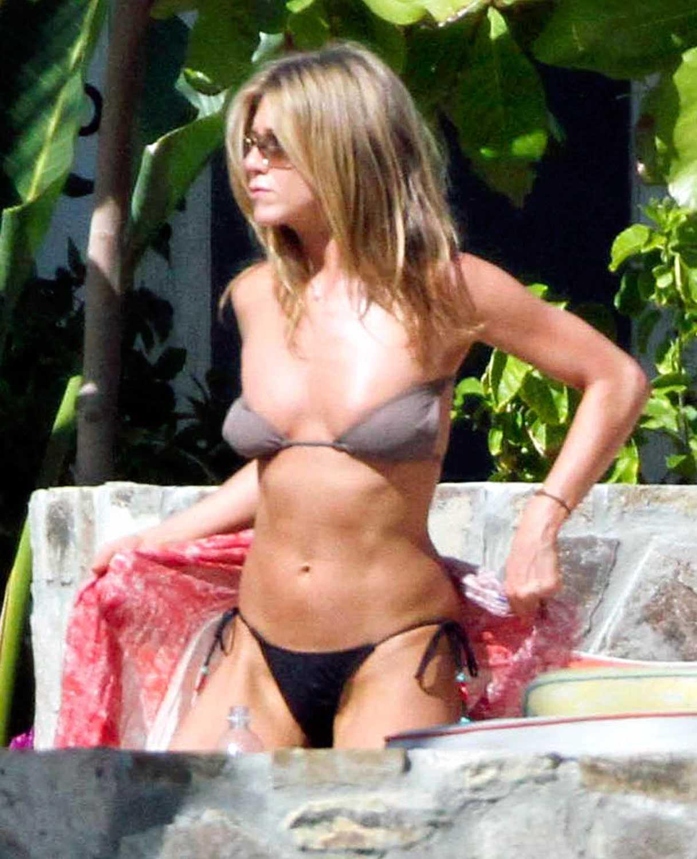 Jennifer Aniston stunning pic