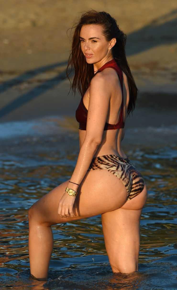 Jennifer Metcalfe big booty pic