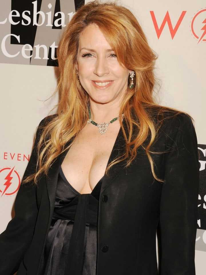 Joely Fisher awesome photo
