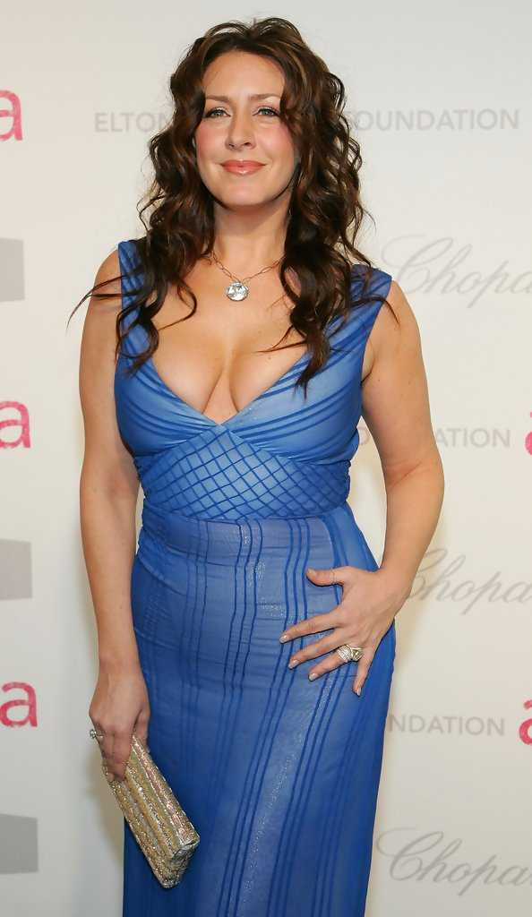Joely Fisher hot (2)