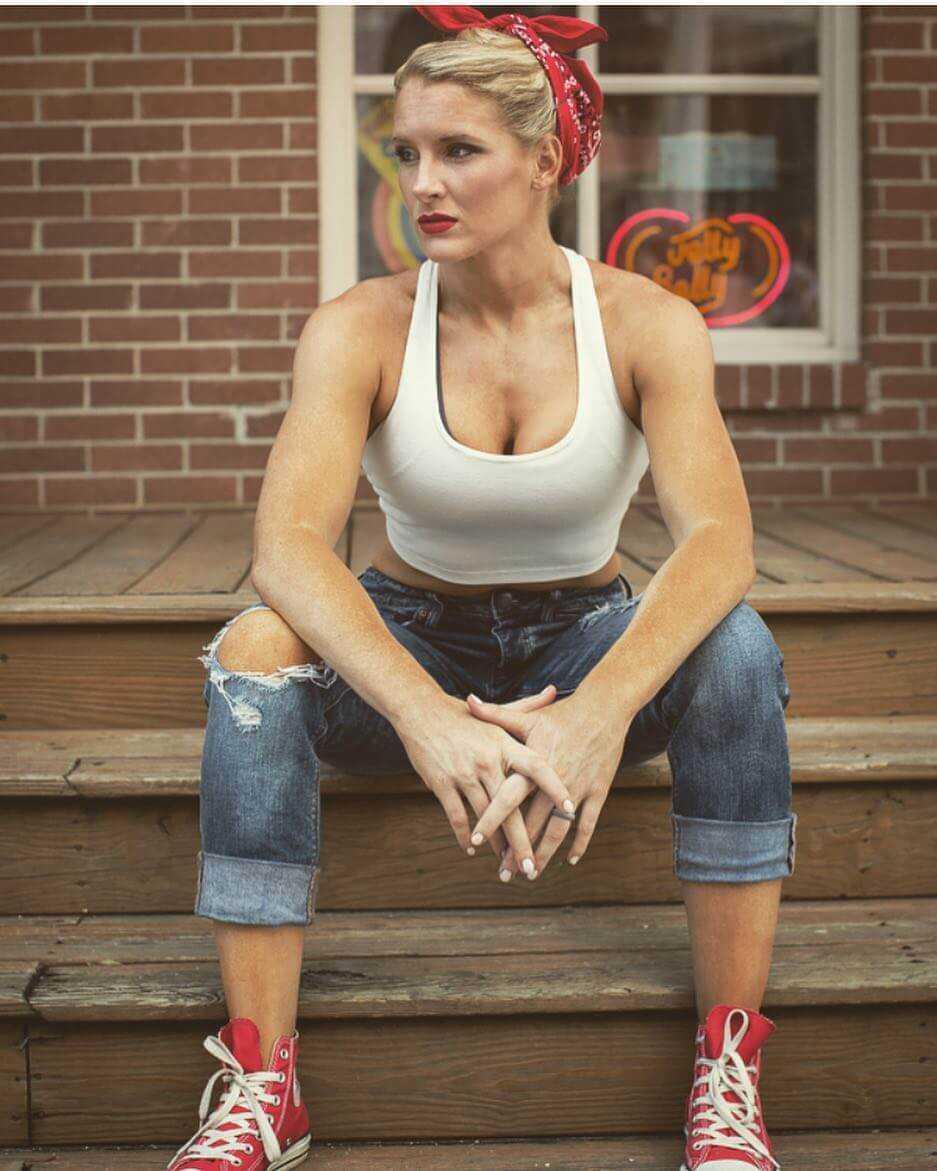 Lacy Evans hot pics