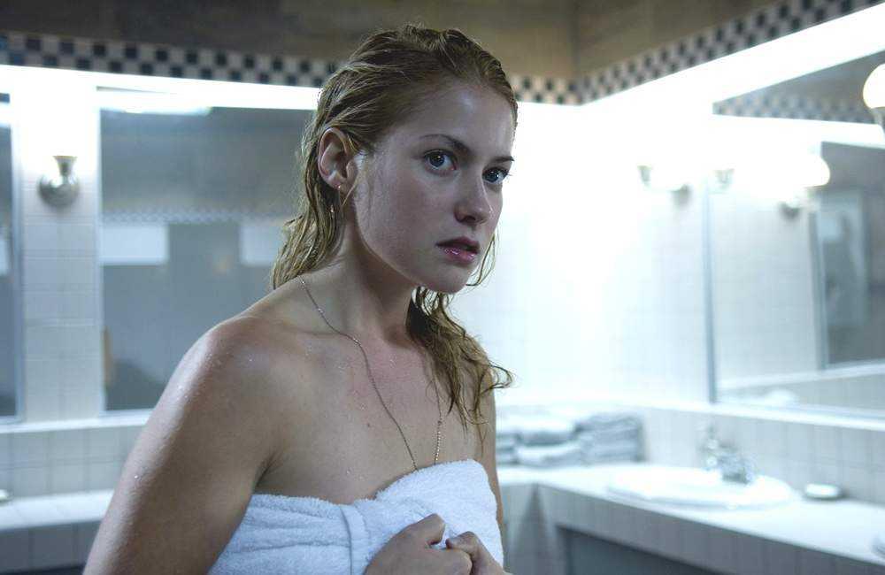 Laura Ramsey sexy