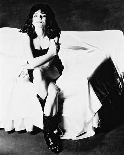 Laura San Giacomo sexy tits pic