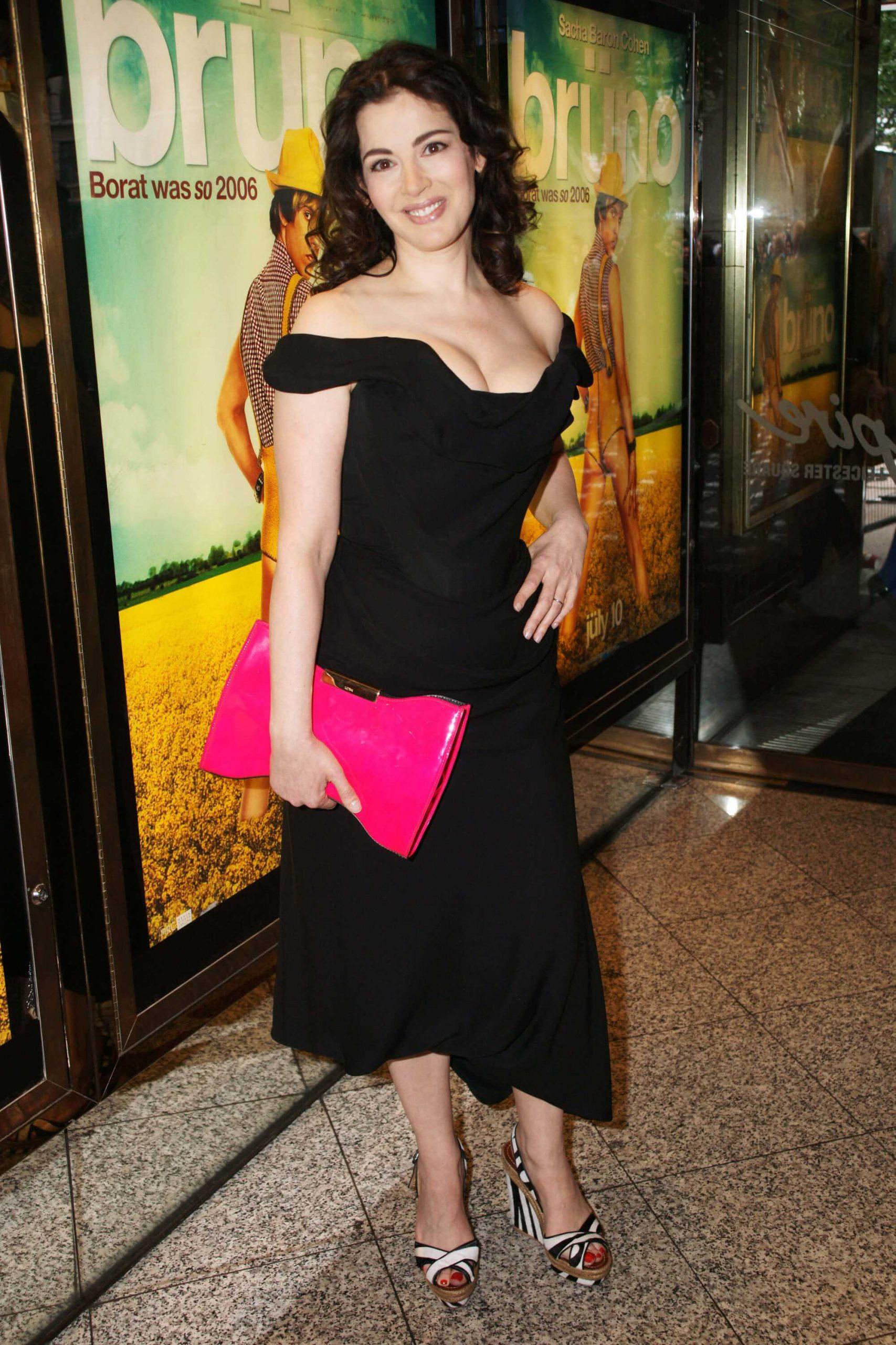 Nigella Lawson hot pic