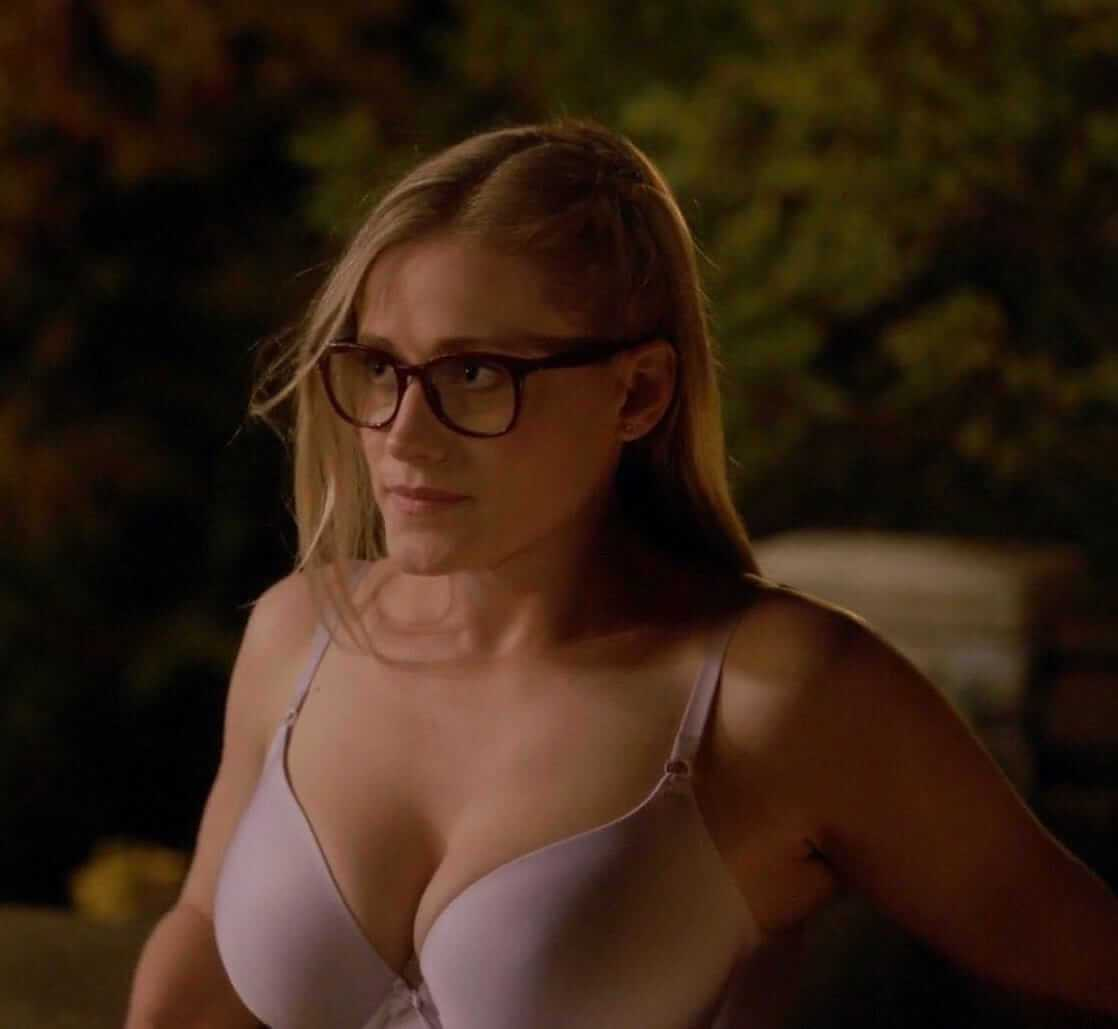 Olivia Taylor Dudley hot tits pic