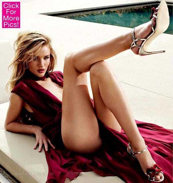 Rosie Huntington-Whiteley hot feet pic