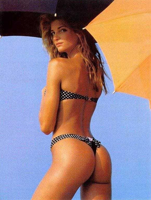 Stephanie Seymour butt pic