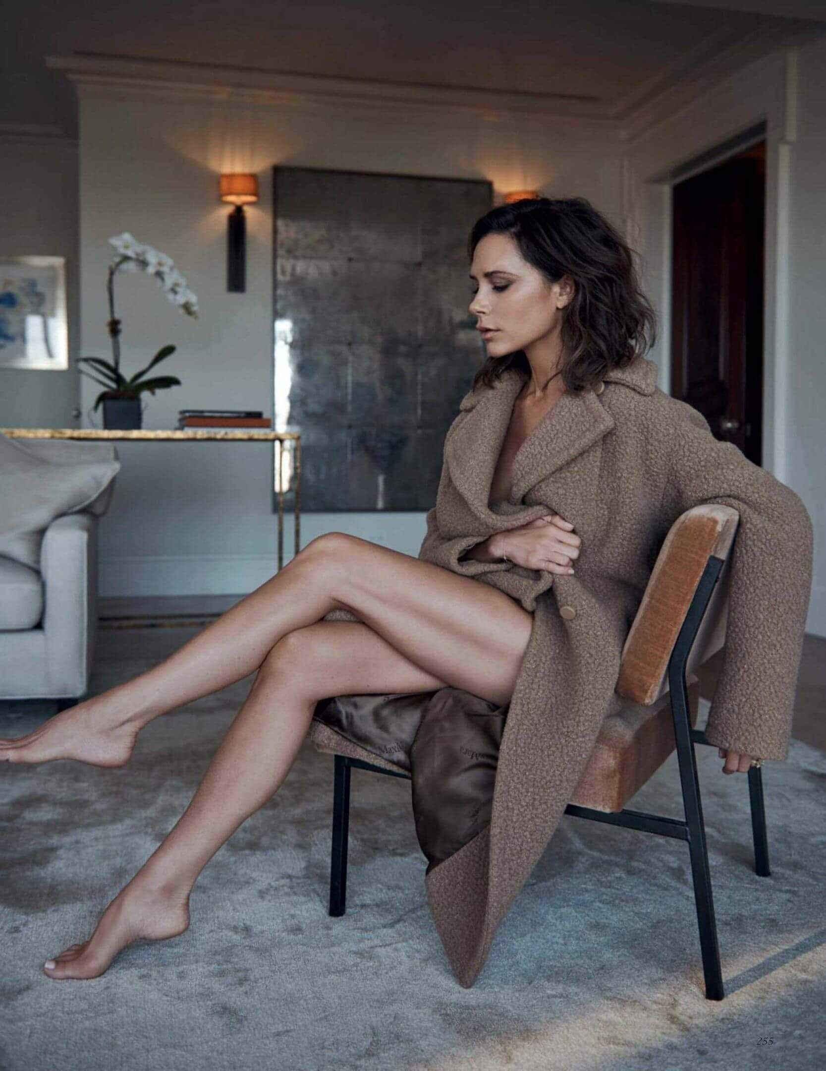 Victoria Beckham feet pic