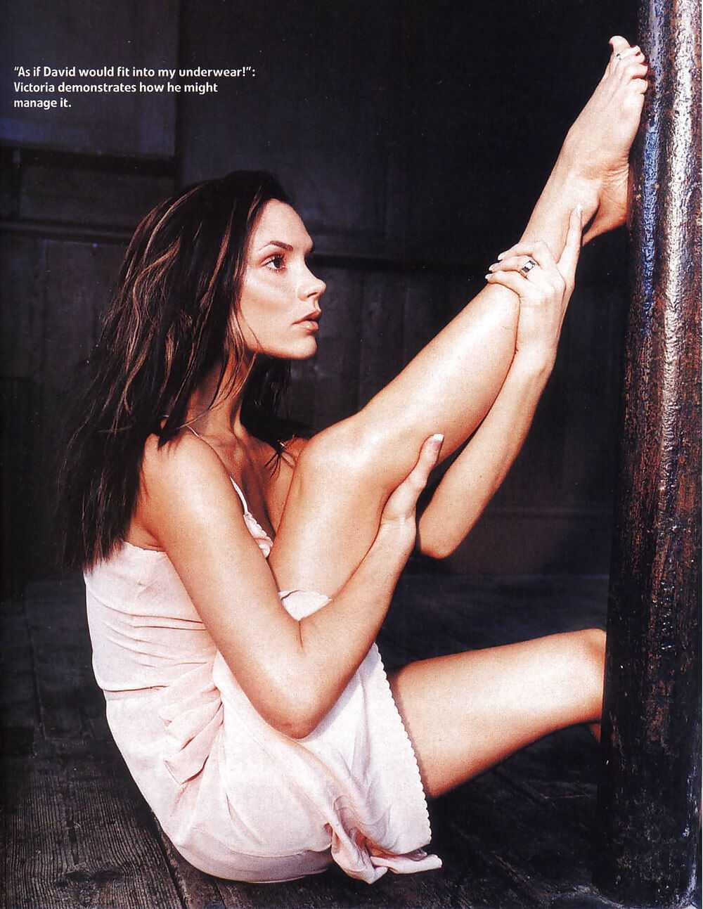 Victoria Beckham hot feet pic
