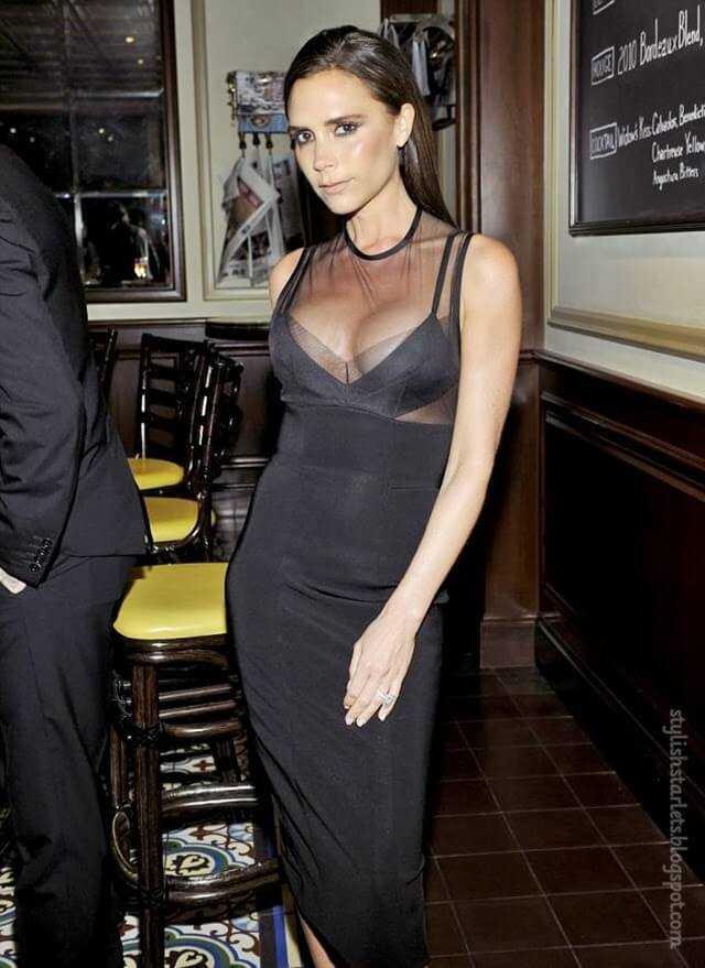 Victoria Beckham hot vleavage pic