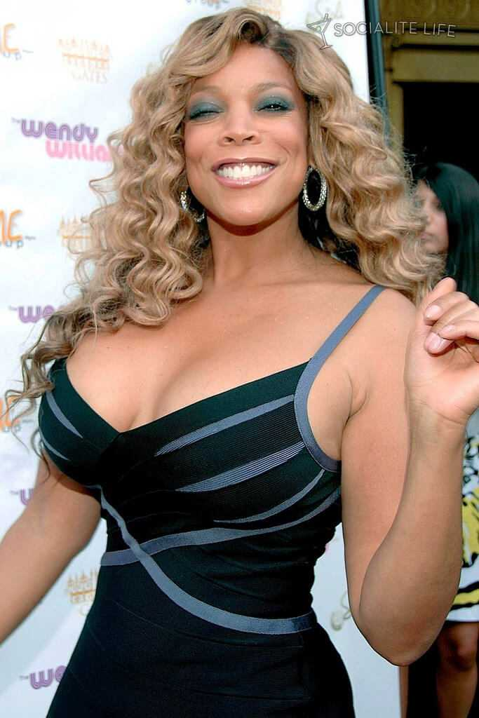 Wendy Williams cleavage pic