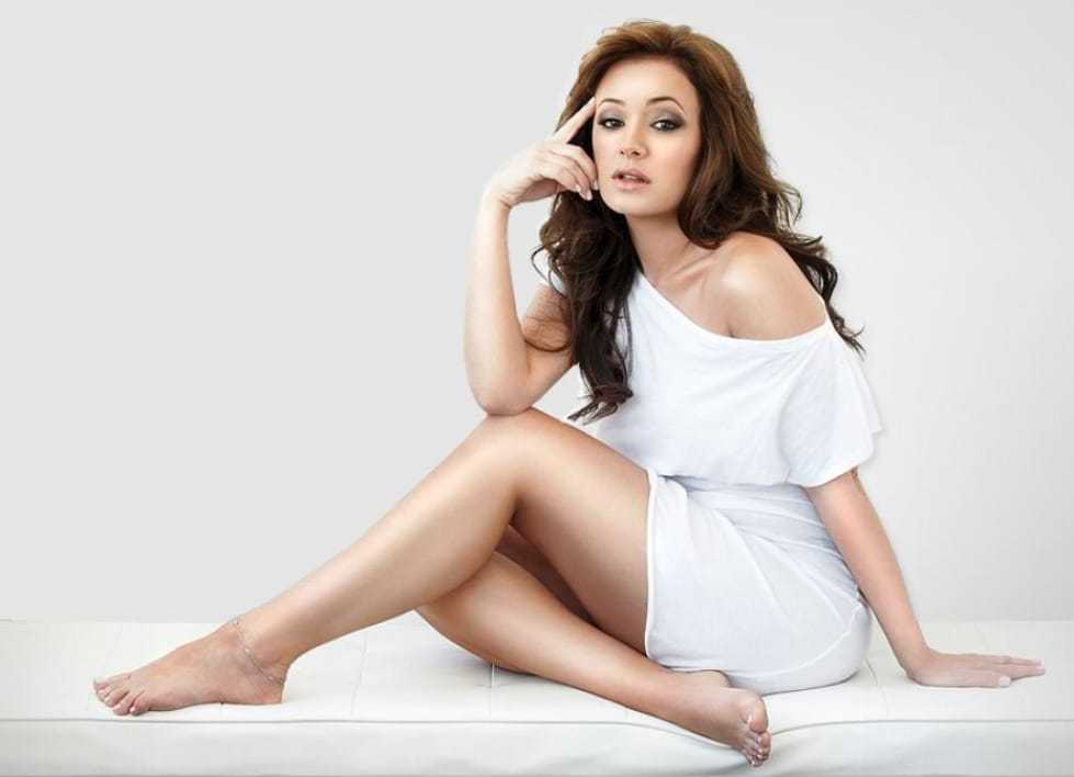 61 Leah Remini Sexy Pictures That Are Sure To Make You