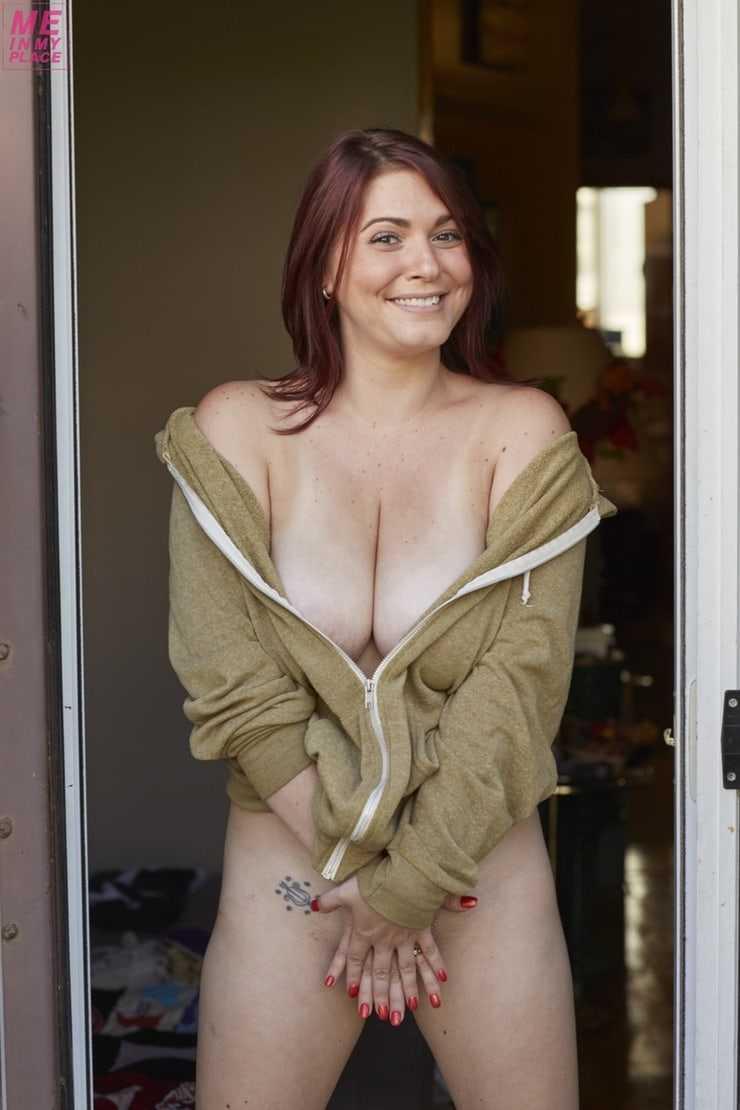 lindsay felton big boobs