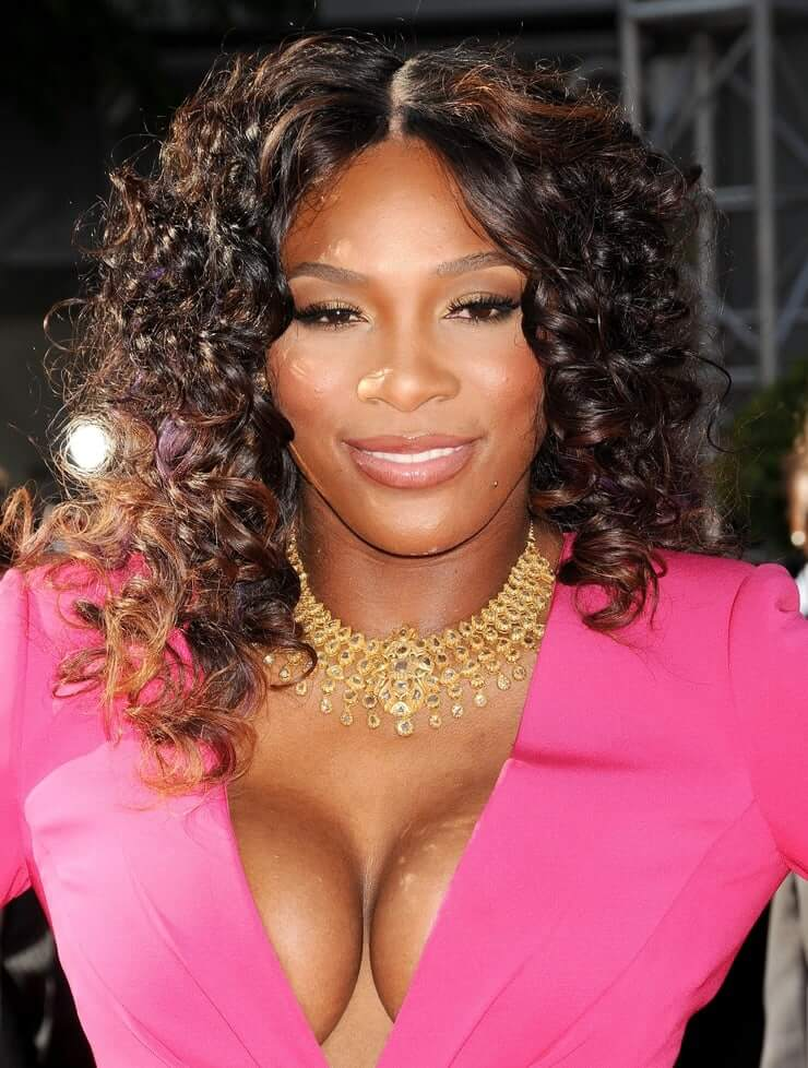 serena williams sexy cleavage
