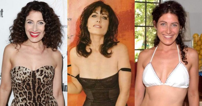 61 Sexiest Lisa Edelstein Boobs Pictures Will Tempt You To Bury Your Head In-between