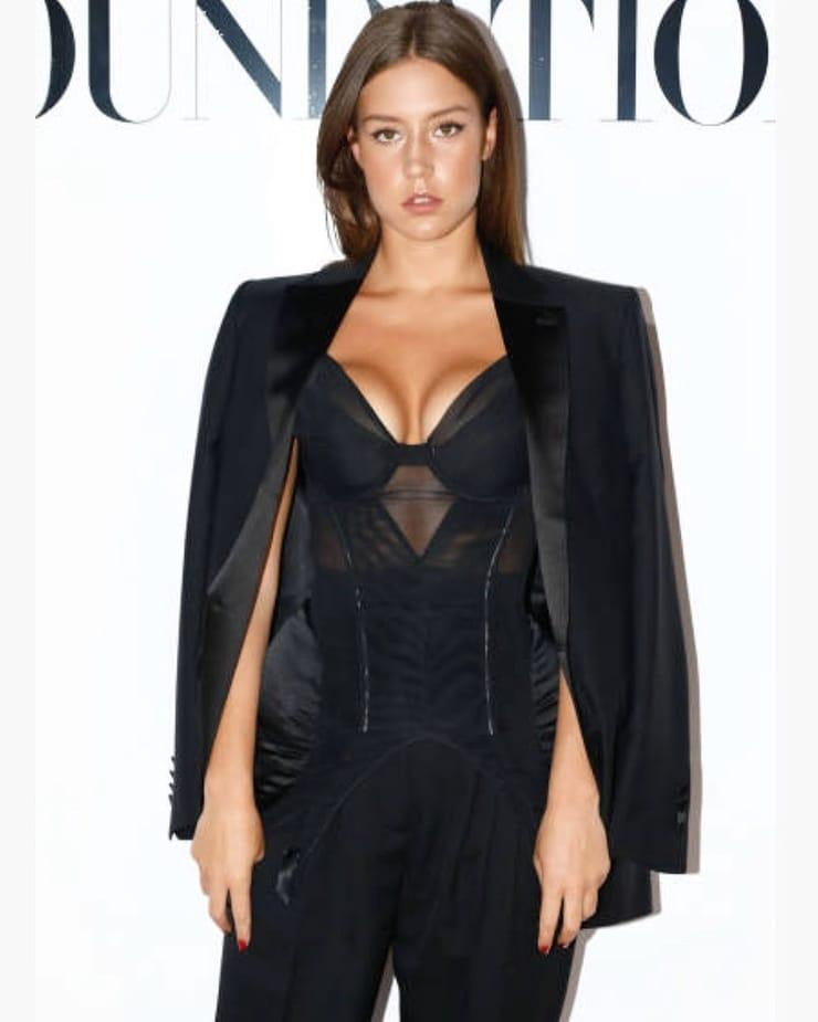 Adèle Exarchopoulos sexy pics
