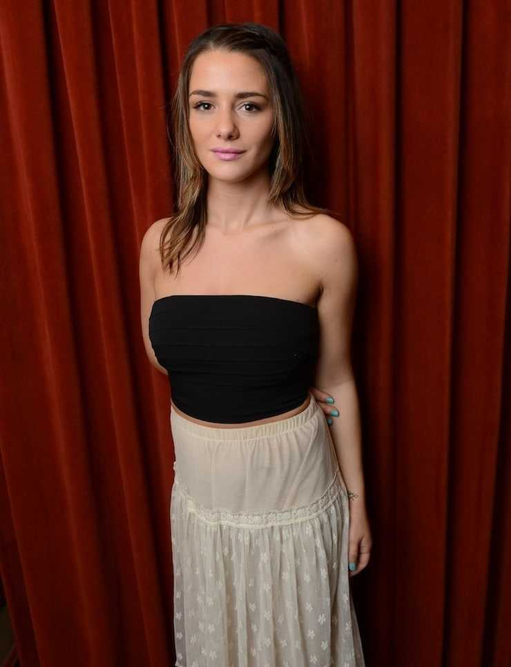 Addison Timlin awesome pic (1)