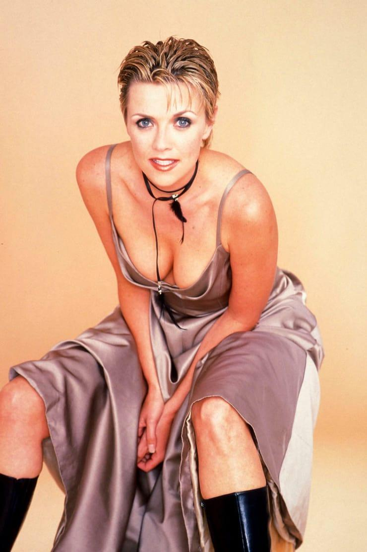 Amanda Tapping sexy cleavage pic