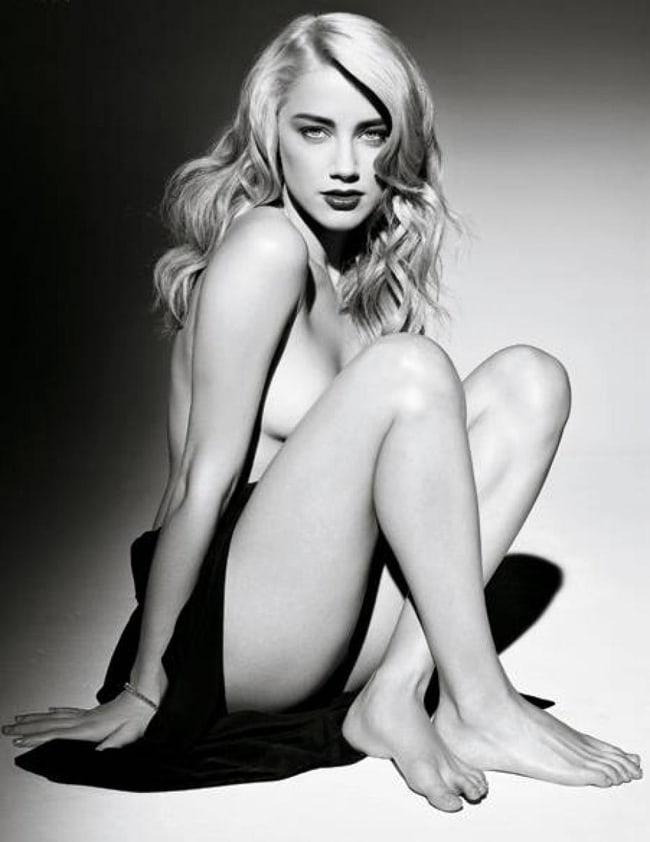 Amber Heard hot look
